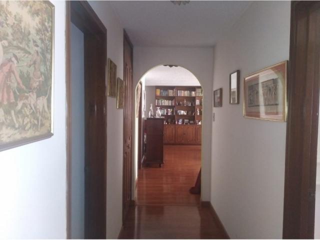 apartamento venta santa barbara carrera 15 con calle 112 cuarto piso (6)