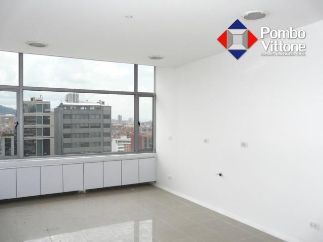 Consultorio- venta -808 - centro medico Santa Ana (Flormorado)-Call