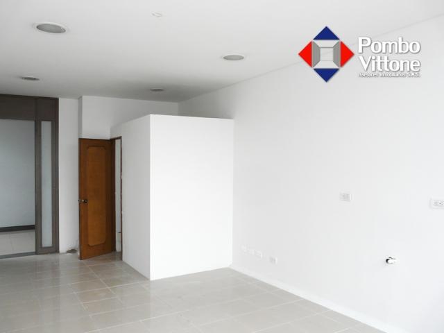 Consultorio- venta -808 - centro medico Santa Ana (Flormorado)-Call (3)